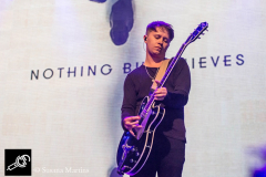 Nothing-But-Thieves-at-DTRH2016-26_06_2016-05