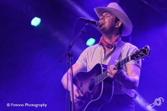 Sam-Outlaw-Once-In-A-Blue-Moon-Fotono_005