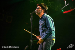 Eels-Once-in-a-Blue-Moon-24082019-Luuk-1