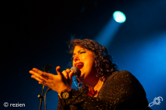 rbnight-Hannah-Williams_and-the-Affirmations-Oosterpoort-28-04-2018-rezien-14-of-16