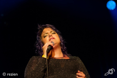 rbnight-Hannah-Williams_and-the-Affirmations-Oosterpoort-28-04-2018-rezien-15-of-16