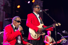 The-Blind-boys-of-Alabama-with-Amadou-and-Mariam-WTTV2019-rezien-3